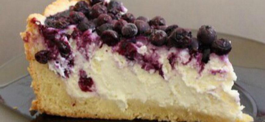 Сирний пиріг з ягодами, рецепт приготування