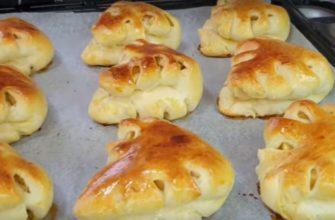 Пиріжки з яблуками, рецепт приготування