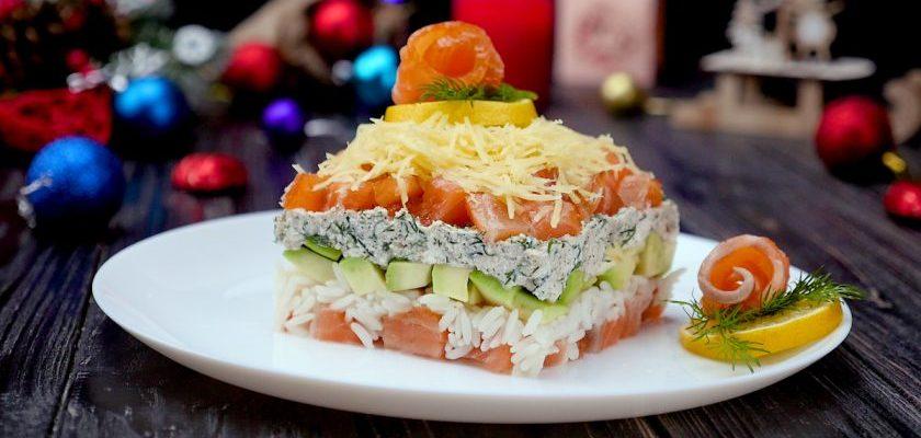 Салат з сьомгою та авокадо, рецепт приготування