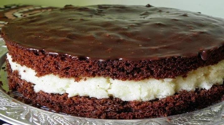 Бюджетний торт «Баунті», рецепт приготування