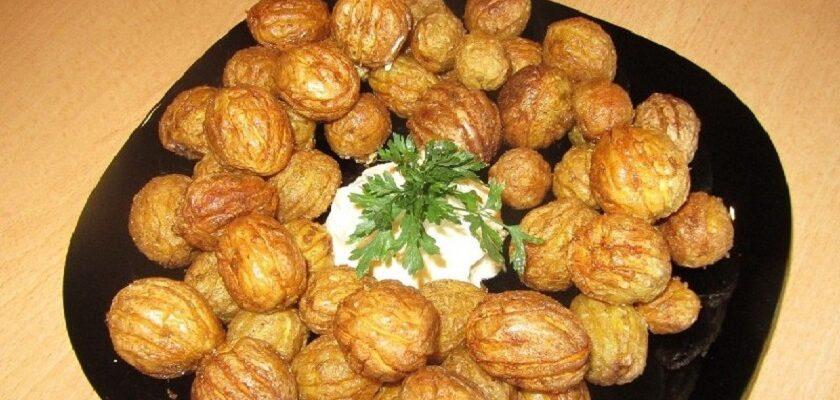 Картопля з часником «Горішки», рецепт приготування