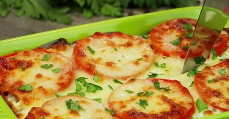 Картопля з помідорами під сирною шубкою, рецепт приготування