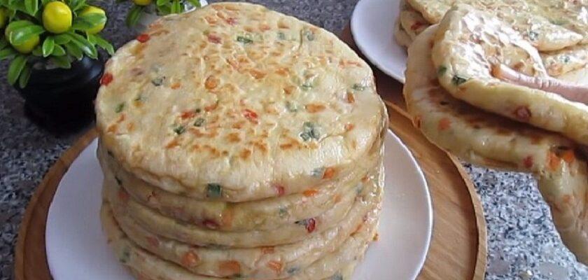 Коржі з овочами на сковороді рецепт приготування