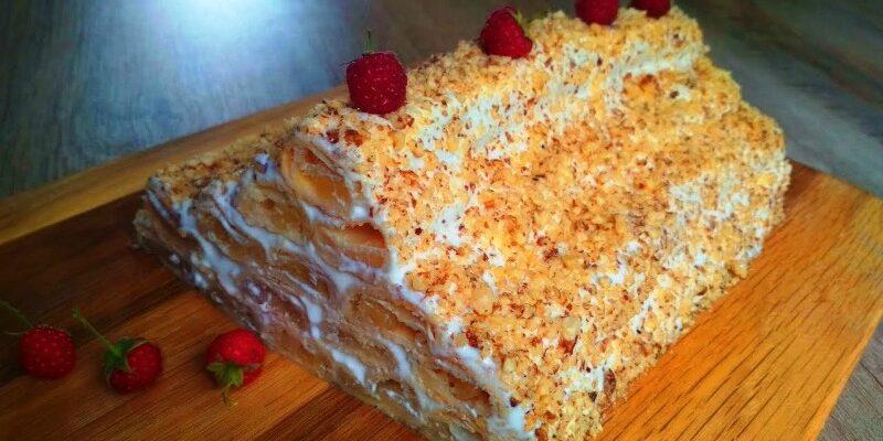 Торт «Яблучна хатинка», рецепт приготування