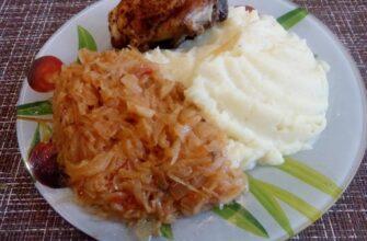 Тушкована капуста - рецепт приготування