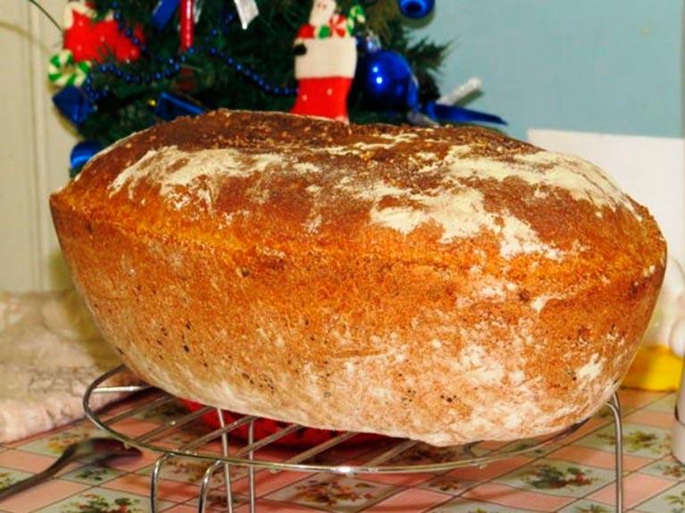 Апетитний і м'який домашній хліб без замісу