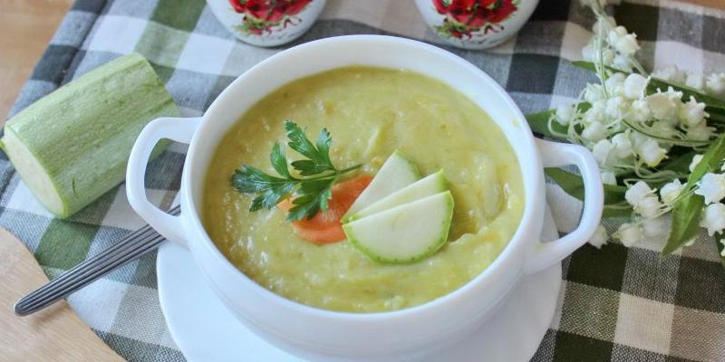 Суп-пюре з кабачків - рецепт приготування