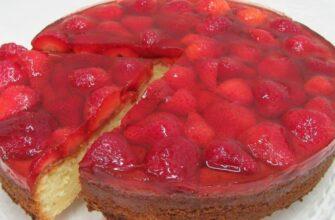 Пиріг з полуницею - рецепт приготування
