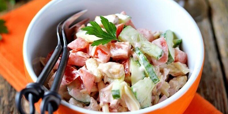 Смачний салат «Малібу» - рецепт приготування