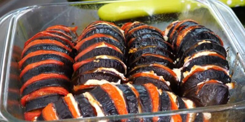 Фаршировані баклажани - рецепт приготування