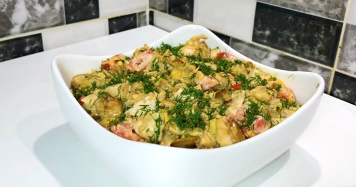 Смачна страва з баклажанів. Здивуйте свою сім'ю особливим смаком салату