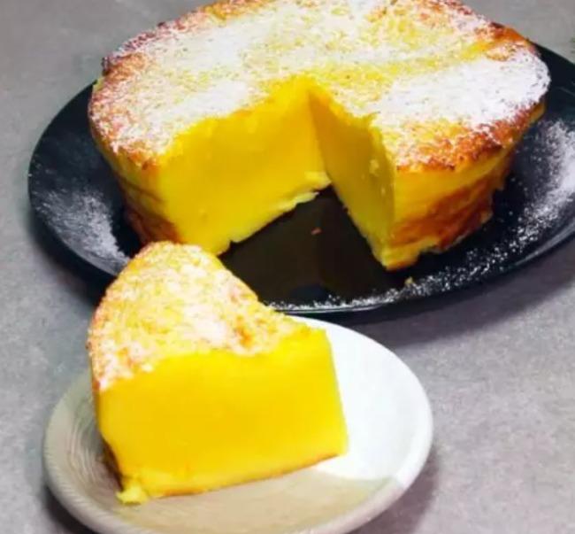 Цей ніжний молочний пиріг придумав геній. Готую його щотижня: все дуже просто і смачно