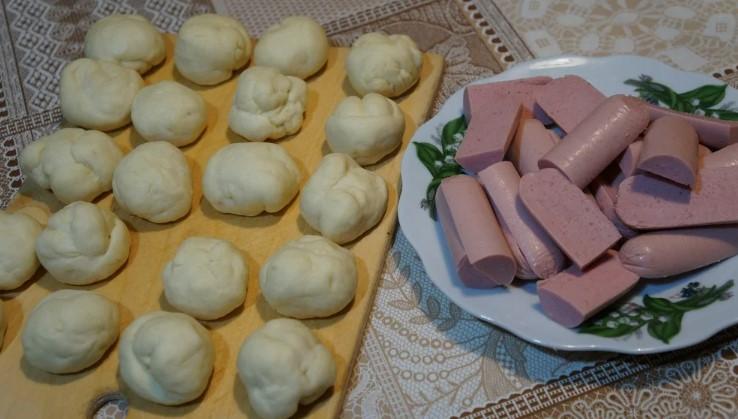 Бюджетні сосиски в тісті за рецептом моєї бабусі