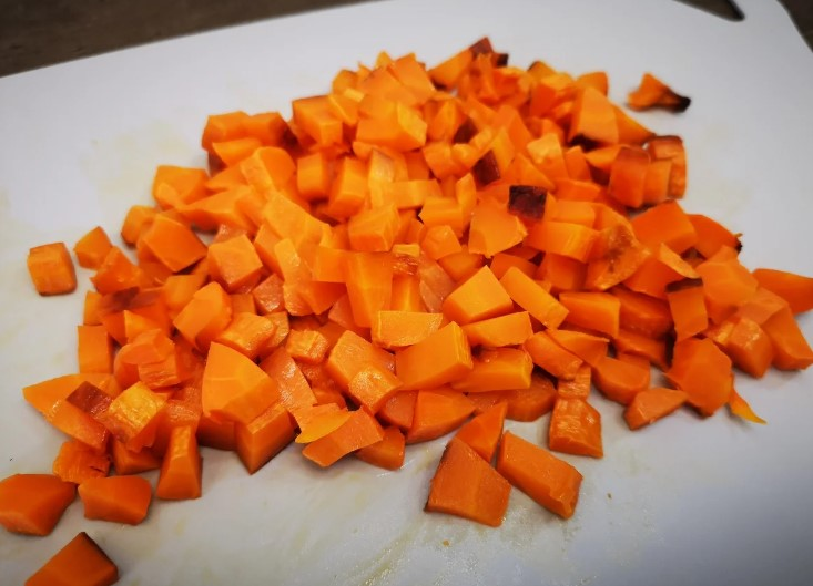 Мій спосіб як приготувати моркву для салатів набагато смачніше. Навчив один кухар в ресторані