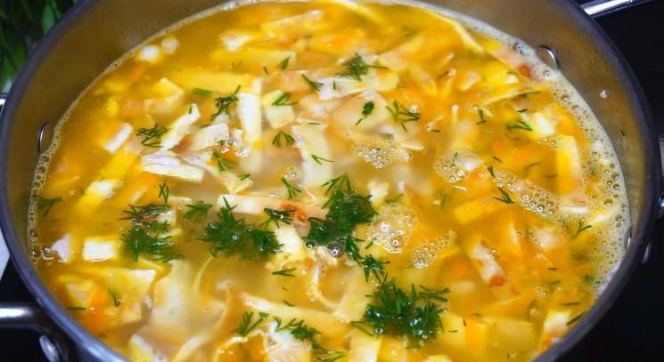 Швидкий Суп з яєчними млинцями, який я відкрила для себе зовсім недавно