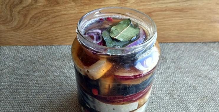 Малосольна скумбрія: закуска до свята без зайвої метушні