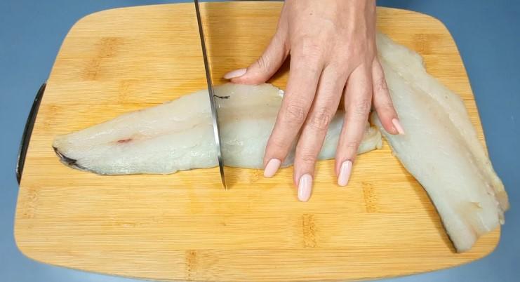 Новий спосіб приготування риби відразу з гарніром в духовці