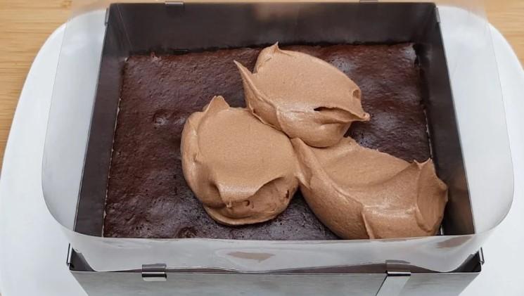 """Дуже смачний торт """"Шоколадний каприз"""" без яєць і без молочних продуктів"""