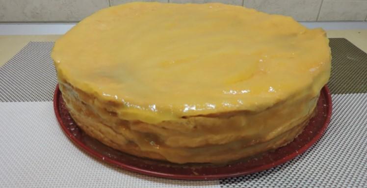 Пісний торт на томатному соку без масла, яєць і молока