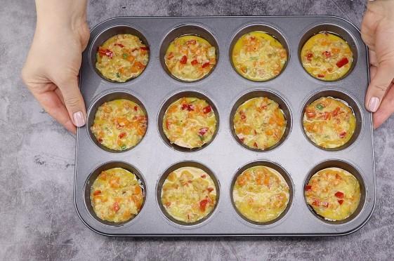 Тепер звичайний омлет я не готую: ділюся новим методом приготування яєчні