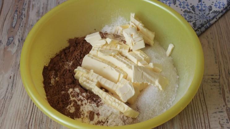"""""""Королівська"""" ватрушка - тісто місити не потрібно і начинка готується 2 хвилини: рецепт дуже простий"""