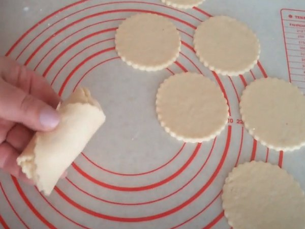 Сирне печиво «Трояндочки». Смачно, красиво і бюджетно