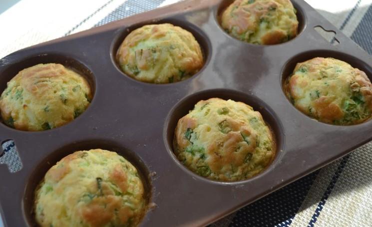 Вже давно знайшла альтернативу пиріжкам з яйцем і цибулею. Ділюся простим рецептом