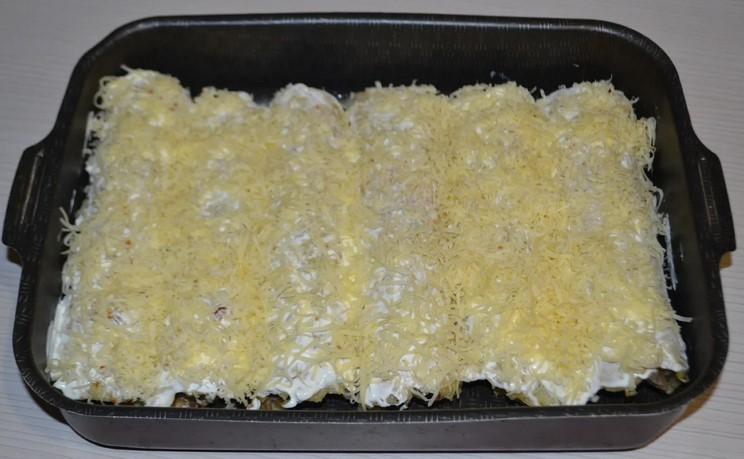 Просто беру фарш, картоплю, цибулю і готую смачну вечерю. Простіше простого!