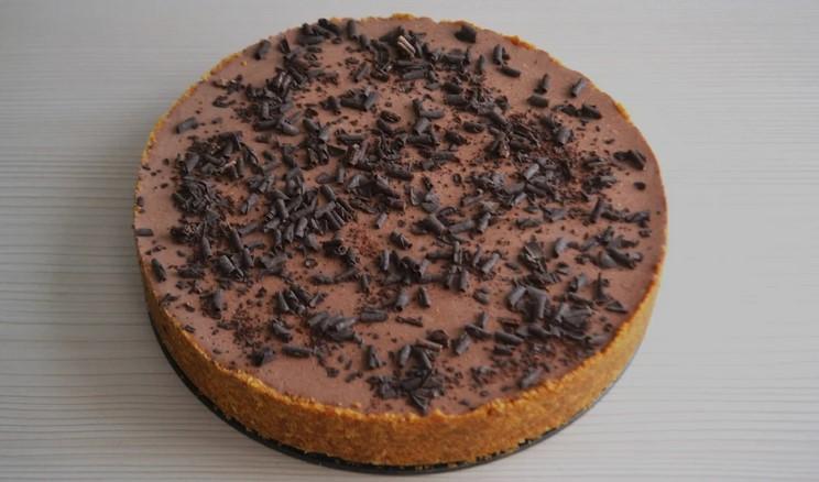 Легкий шоколадно-банановий торт без випічки. Просто фантастика!