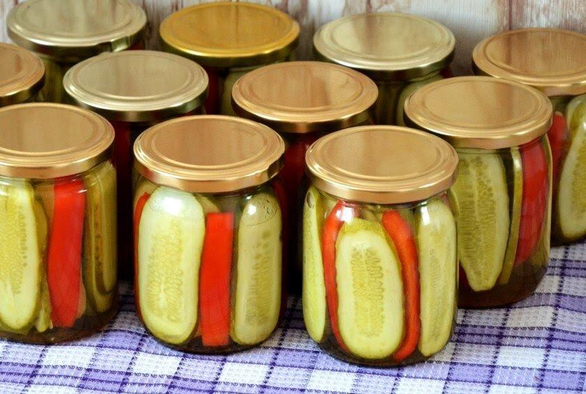 Мариновані огірки з перцем на зиму (асорті): ледачий і святковий рецепт