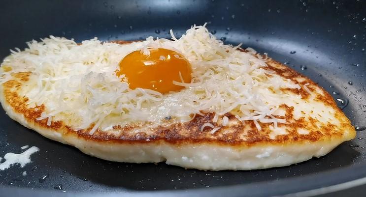 Готую замість сирників і яєчні одночасно. Сніданок з сиру за 15 хвилин