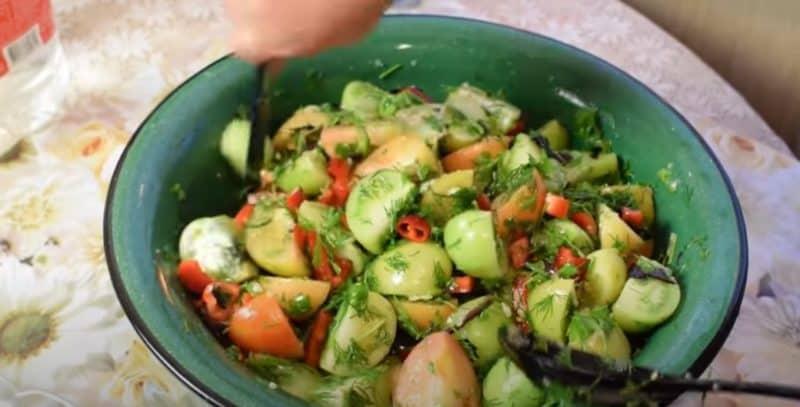 Мариновані зелені помідори. Відмінна заготівля за маминим рецептом