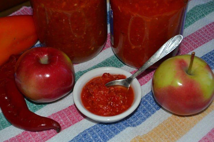 20 рецептів аджики з помідорів на зиму