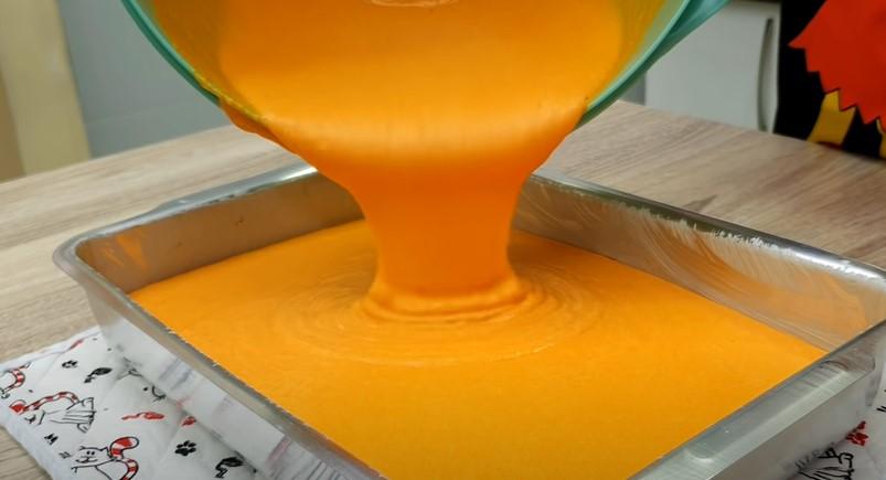 Коли роблю морквяник, нічого не залишається в той же день. Пиріг - осіння прикраса столу